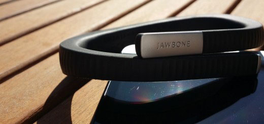 picture of Jawbone's fitness tracker now integrates health data from Android Wear and Apple devices